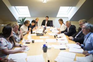 Møte i kommunal- og forvaltningskomiteen.